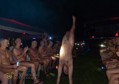 NakedMan_0484